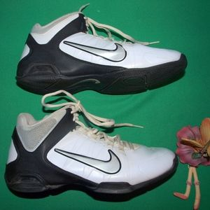 Men's Nike Air Visi Pro 4 Basketball Sneakers 6M